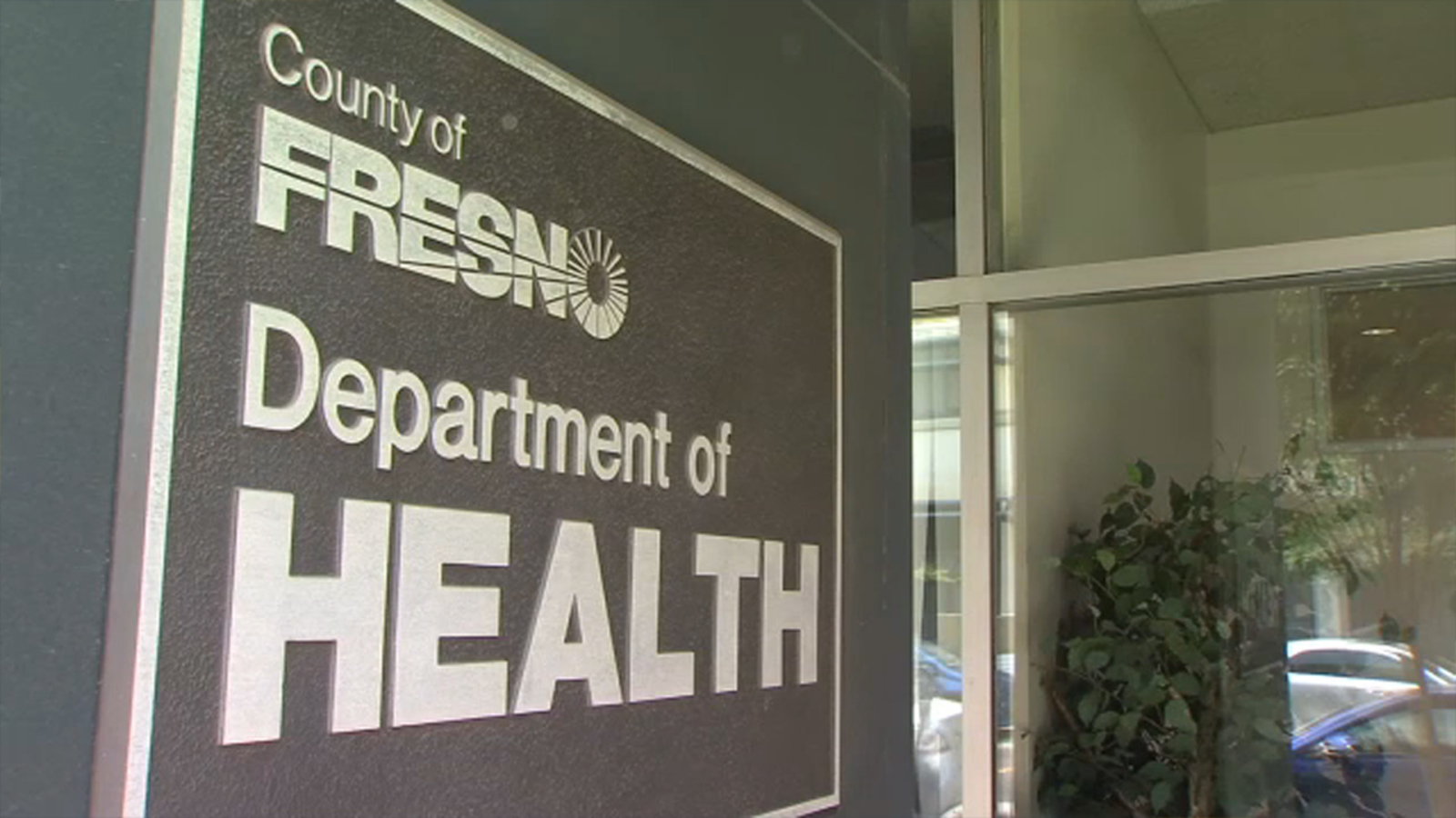 Well being officers push masking, vaccines for all as Fresno County sees COVID-19 surge