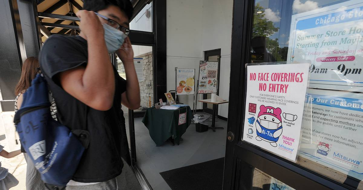 Pritzker to order indoor masks statewide, require vaccines for varsity staff